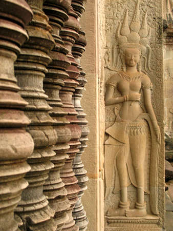 bass relief: khmer bass relief