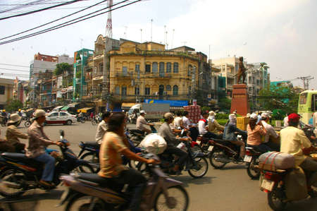 locals: busy street, saigon