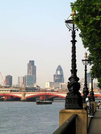 london embankment photo