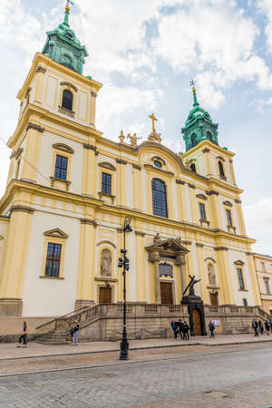 Warsaw Poland. April 25 2019. A view of the Holy cross Church in Warsaw in Poland 에디토리얼