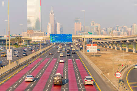 Dubai UAE. December 2019. View of the Highway in Dubai inUAE Standard-Bild