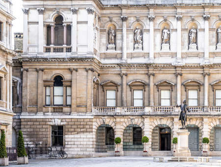 June 2020. London. Royal academy of Arts in St James, London,England, UK Europe 版權商用圖片
