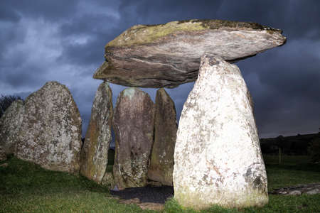 chambers: Pentre Ifan Bronze Age burial chamber, Wales at dusk Stock Photo
