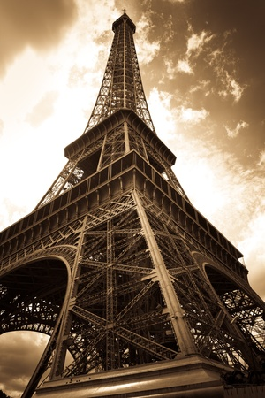 romantic getaway: vintage eiffel tower