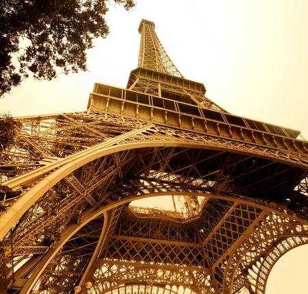 vintage eiffel tower photo