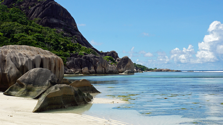 anse: anse source dargent on la digue