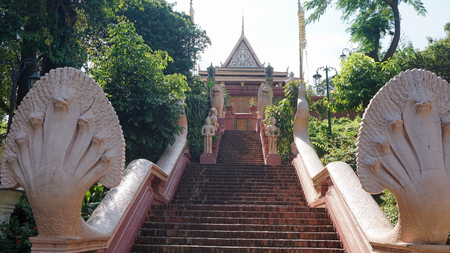 wat phnom temple complex in phnom penh in cambodia Stok Fotoğraf
