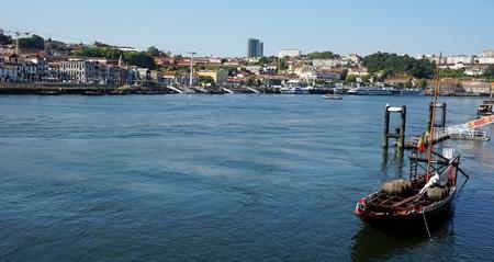 traditional colorful boats on douro river in porto Standard-Bild - 114258327
