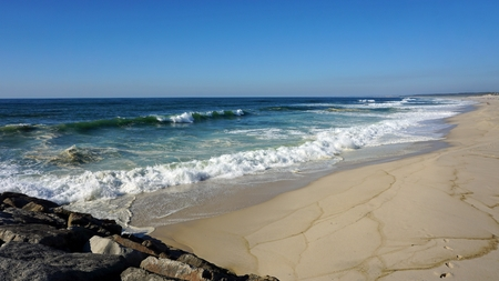 heavy waves in fouradouro beach during autumn Standard-Bild - 114258319