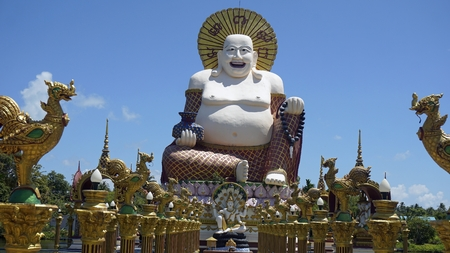 chinese plai laem temple on koh samui in thailand Standard-Bild - 120714460