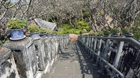 amazing phra nakon kiri tempel in thailand Standard-Bild - 120714468