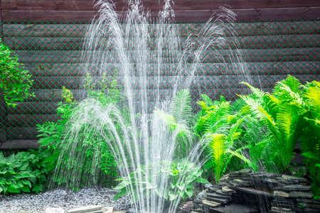 Spruzzi d'acqua nella fontana Archivio Fotografico