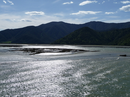 downunder: Panoramic view of New Zealands landscape