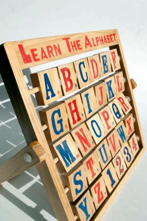 lettre alphabet: bois alphabet boulier