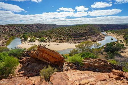 Hiking horseshoe bend of murchison river, natures window, kalbarri national park, western australia