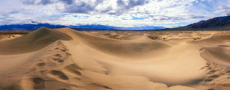 mesquite flat sand dunes in death valley national park in california in the usa Reklamní fotografie