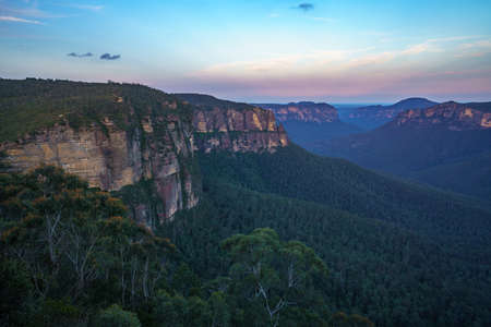 sunset at govetts leap lookout, blue mountains national park, new south wales, australia Stok Fotoğraf