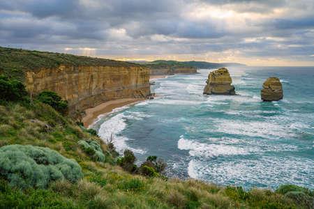 famous gibson steps at sunrise, twelve apostles, great ocean road in victoria, australia Stockfoto