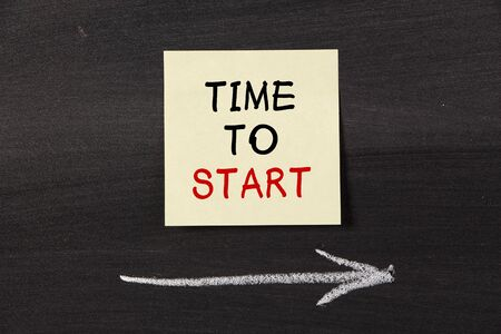Time To Start - sticky note pasted on a blackboard background with a chalk arrow.
