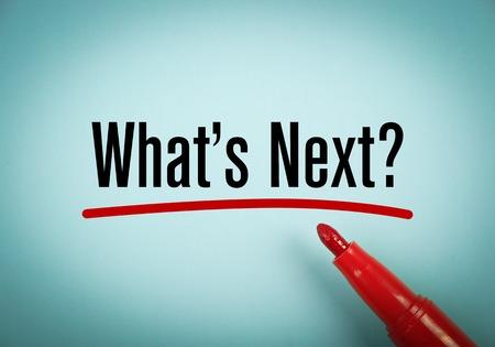Cuál es el próximo texto está escrito en papel azul con un marcador rojo a un lado. Foto de archivo - 40367064