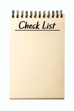 cheque en blanco: Cuaderno en blanco Lista de verificaci�n aisladas sobre fondo blanco.