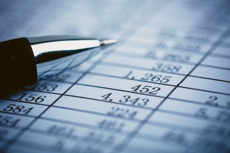 Close-up shot van de nummers op de balans. Stockfoto
