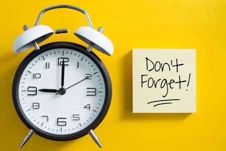 Don't Forget notice reminder words graphic concept. Archivio Fotografico