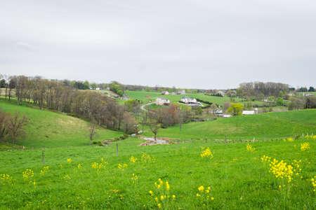 amish: Landscape of lush farmland around southern york county pennsylvania Stock Photo