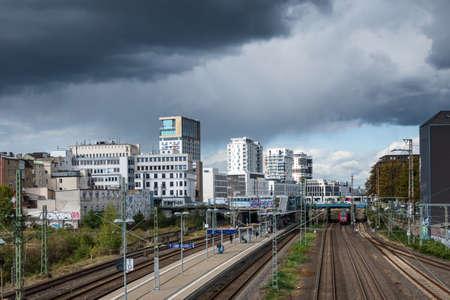 Düsseldorf Downtown District Skyline Thunderstorm City Cloudy Sky Editoriali