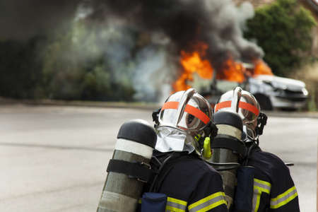 french firefighter binomial attac on car fire fireman brigade