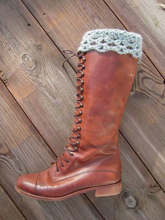 leg warmers: Vintage riding boot
