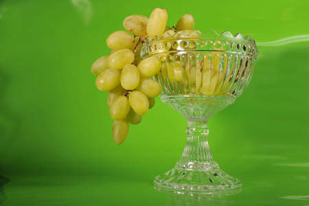 Stillife with grapes and bowl