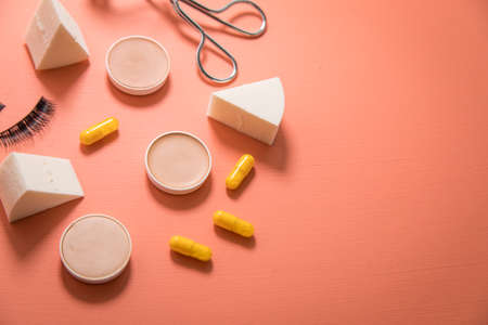 Make up tools sponge, beauty pills, camouflage pans, lash curler and false lashes