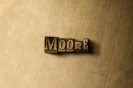 ムーア - グランジ ビンテージのクローズ アップは、金属の背景上の単語をタイプセットします。ロイヤリティ フリーのストック イラスト素材。 オ 写真素材
