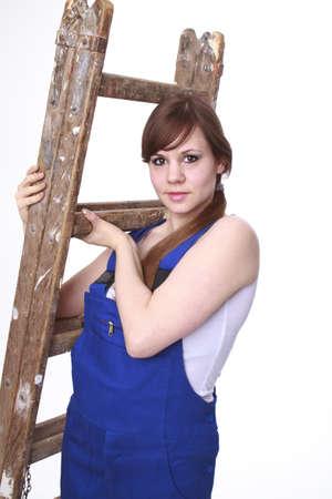 Junge Frau mit dem Maler s ladder Standard-Bild - 17789555