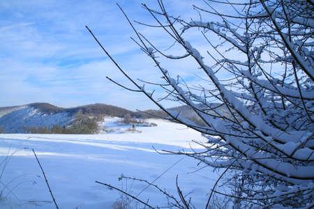 Landschaft im Winter Standard-Bild - 30675727