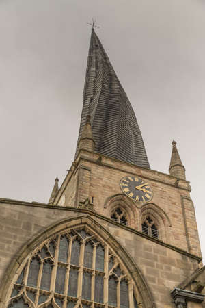 Chesterfield Church (Saint Mary and All Saints) is in the town of Chesterfield in Derbyshire, England. It is most known for its twisted spire, an architectural phenomenon, The Crooked Spire. Imagens