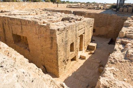 왕들의 무덤은 키프로스 유물 부에서 발굴되었으며 헬레니즘 시대와 프톨레마이오스 시대에 사용되었습니다. 스톡 콘텐츠
