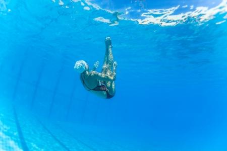 Aquatic Synchroon zwemmen meisjes dansen onderwater oppervlak programma's op onderdanen kampioenschappen