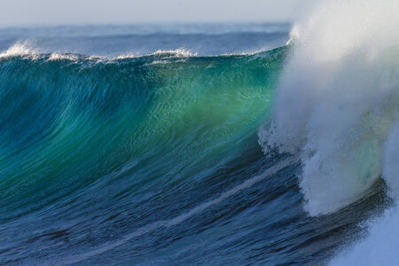 swells: Cyclone swells of size in the ocean waves
