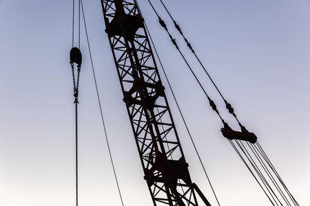 carrucole: Costruzione di gru cavi pulegge struttura staglia astratto