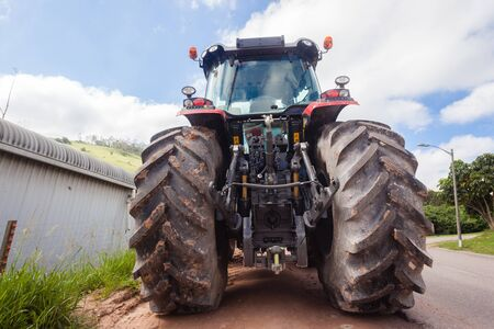 agriculture machinery: Tractor Farming agriculture vehicle machinery