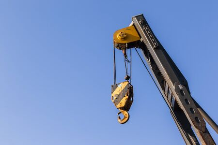 pulleys: Industrial construction mobile crane rigging hook arm