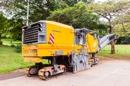 road surface: Road highway construction surfacing machines asphalt surface scrapping machine.