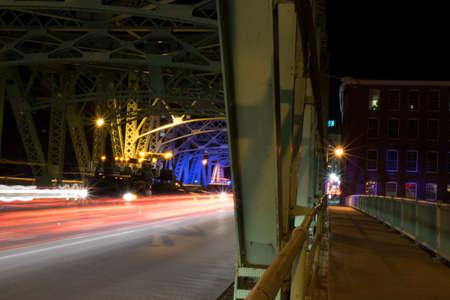 ローウェル橋の光の道