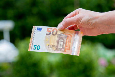 fifty euro banknote: New fifty euro banknote since April 2017