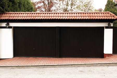 double doors garage  photo