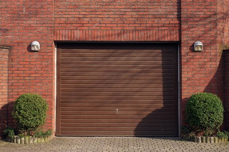 closed community: garage door