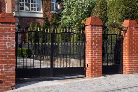 brick: black modern gate