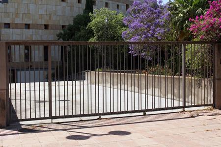 modern gate Reklamní fotografie - 29272658